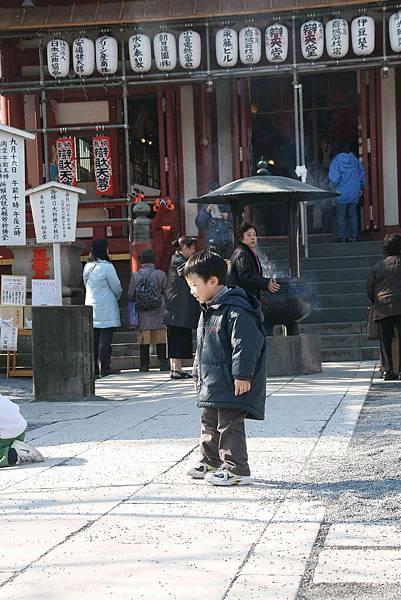 2010_0119_111343(對寺廟完全沒有興趣).jpg