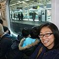 2010_0120_104726(電車的大窗戶對小朋友而言很重要).jpg