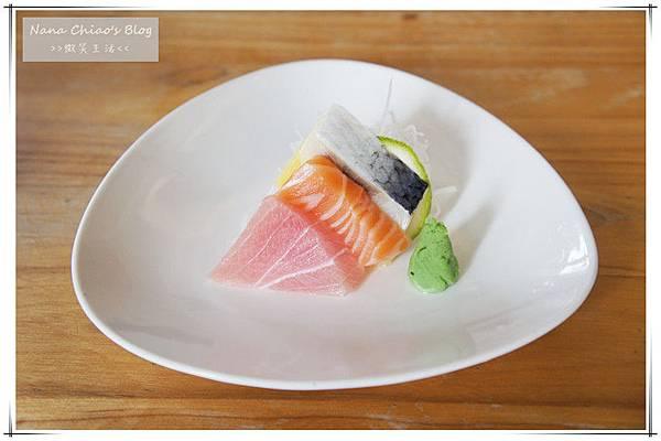 二禾井平價日本料理4.jpg
