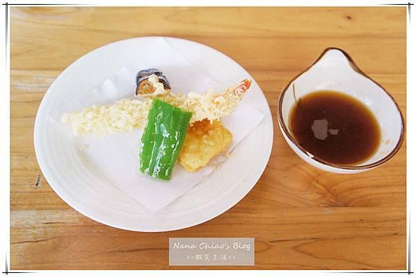 二禾井平價日本料理19.jpg