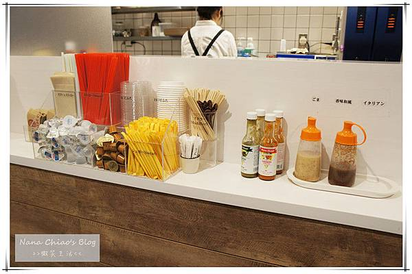 PROMENADE CAFE4.jpg