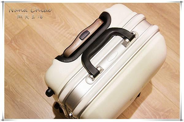 20吋簡約金屬標鋁框行李箱05.jpg