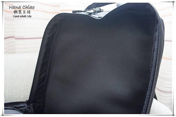 THE NORTH FACE- Shuttle Daypack NM81602-防水筆電包10.jpg