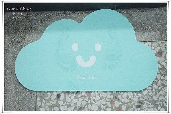 DreamKiss甜言夢語-微笑系列-珪藻土腳踏墊07.jpg