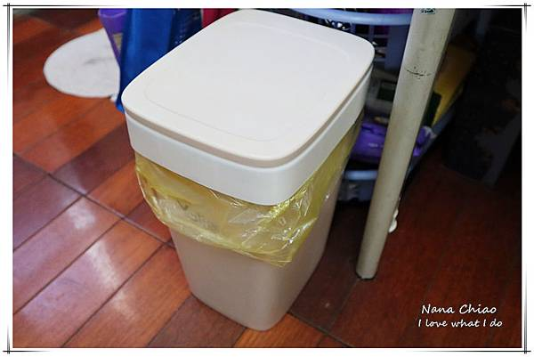 自動抽換袋式懶人彈壓垃圾桶13.jpg