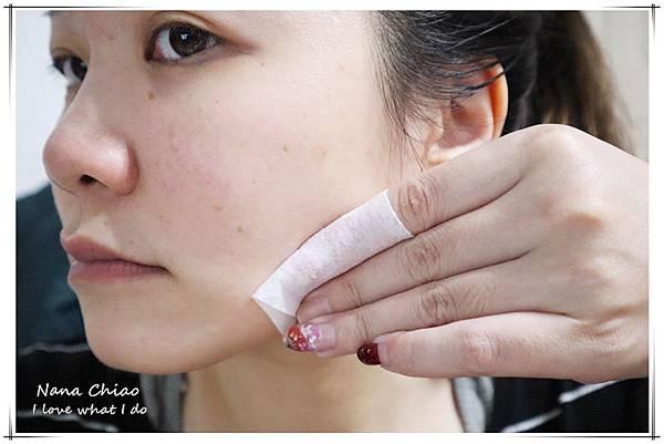 倩碧Clinique-溫和潔膚水3號-平衡修護奇蹟膠05.jpg