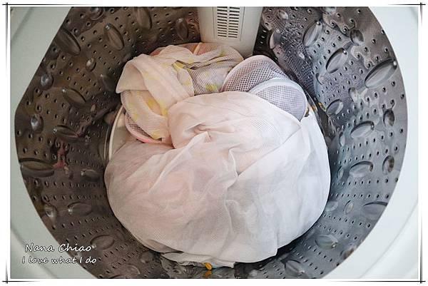日本花王-Beads植萃香氛洗衣精-衣物專屬輕香水02.jpg