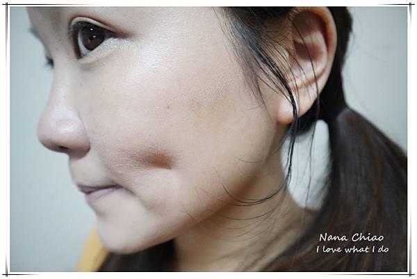 BLANBLVN-3D 乳霜光澤唇釉+五色修片皇后粉霜06.jpg