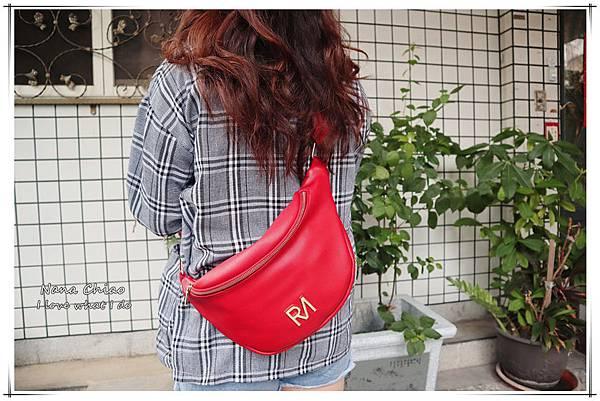 ROBINMAY-夢特胸包 (紅編織)08.jpg