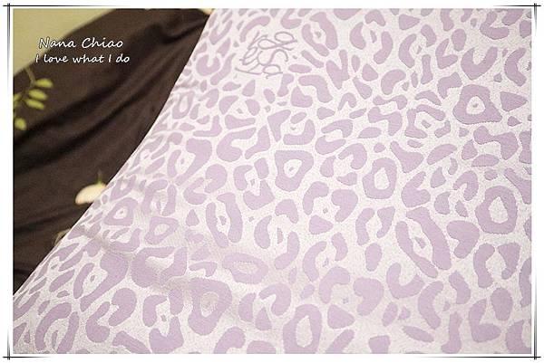 GreySa格蕾莎 抬腿枕06.jpg