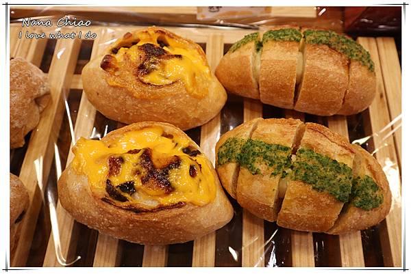 台中麵包推薦-麵包車-大雅麵包推薦-胖ㄑ一ㄚ本鋪29.jpg