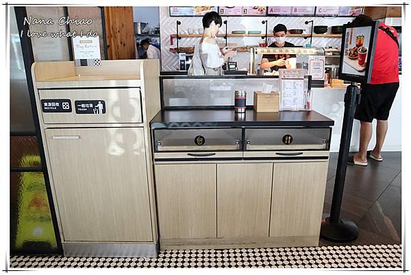 台中炸雞-台中火車站美食-繼光香香雞10.jpg