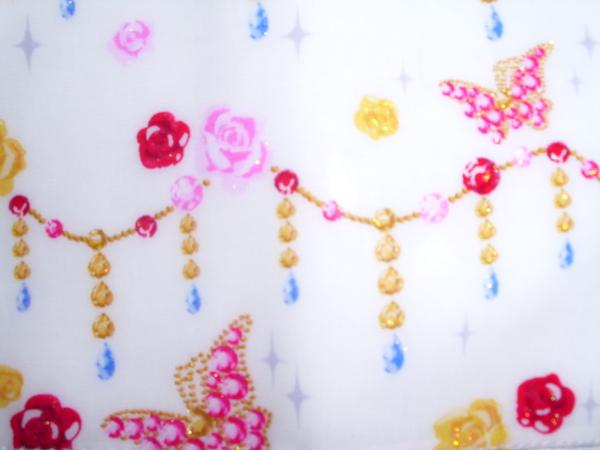 32-白色串珠玫瑰.JPG