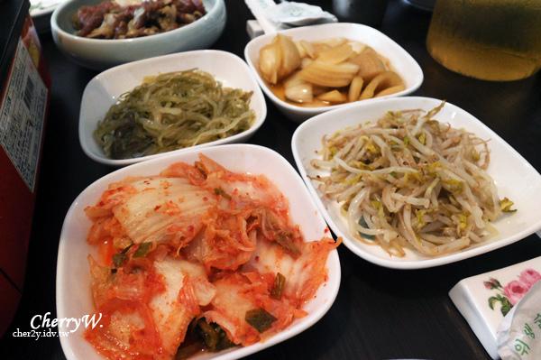 愛韓式料理-小菜.jpg