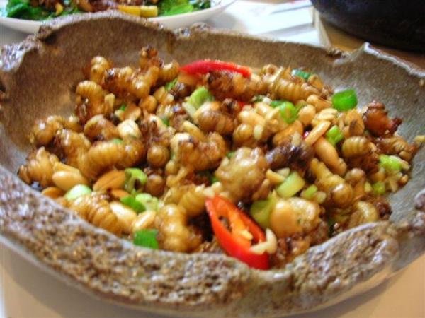 花生炒蜂蝦
