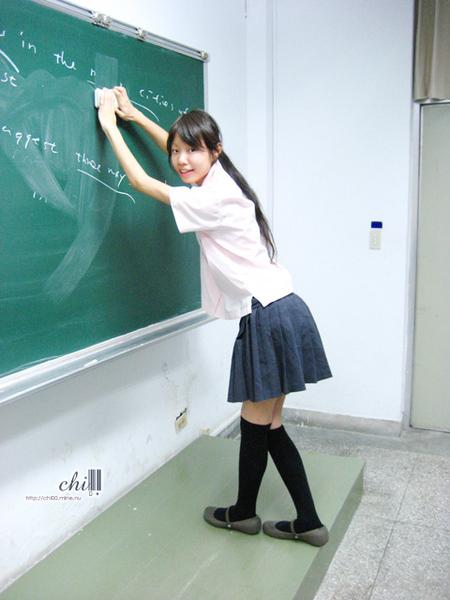 (和平制服騏)擦黑板、擦黑板~