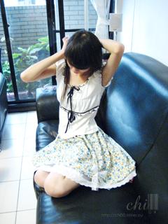 藍玫瑰花邊短裙
