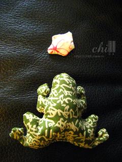 J. 青蛙 %26; 大絕(布娃)