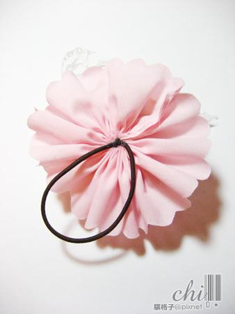 咖啡×粉紅花花髮飾 背面的髮圈