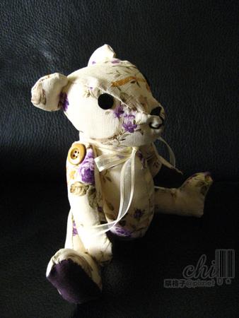 優雅紫色手工小布熊 側面