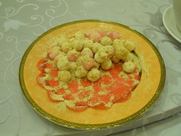 喜宴菜一定少不了的花生湯圓