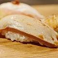 上引水產-炙燒綜合握壽司 (2)