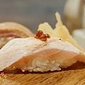 上引水產-炙燒綜合握壽司 (3)