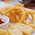 酷子美式餐廳-匈牙利辣雞翅炸物拼盤 (2)