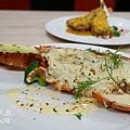 台北凱薩Checkers-位上主菜龍蝦和牛壽司 (1)
