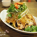 盛園絲瓜小籠湯包-山東燒雞 (8)