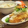盛園絲瓜小籠湯包-山東燒雞 (2)