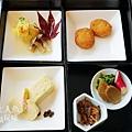 Four Seasons Hotel TOKYO - EKKI restaurant (18)