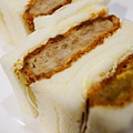 SAERA三明治專賣咖啡館-炸肉餅可樂餅拼咖哩可樂餅 (4)