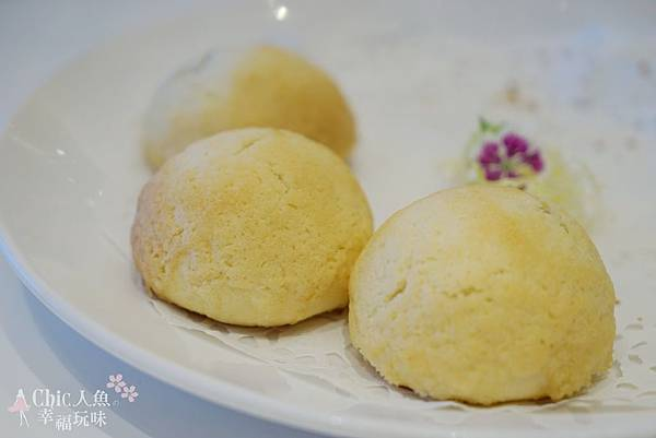 名人坊-名人叉燒包 (10)
