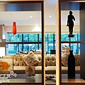 COZZI 2F The Lounge (6)