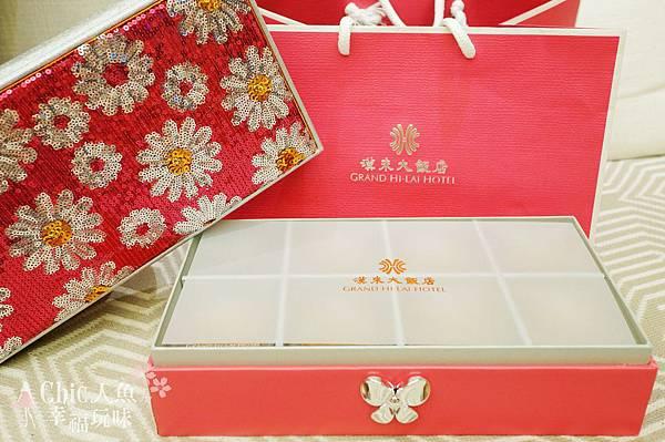 """今年收到的漢來大飯店情月禮盒,好召喚""""少女心 ..."""
