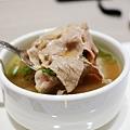漢來-排隊美食區  -台南現沖牛肉湯 (5)