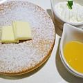 四葉牛奶聖代-四葉北海道乳酪塔-原味鬆餅 (1)