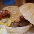 胖東西廚房-花生培根牛肉堡 (5)