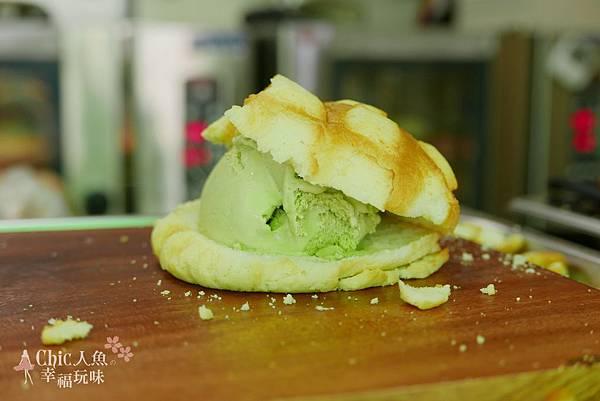 世界第二好吃現烤菠蘿麵包夾冰淇淋 (33)