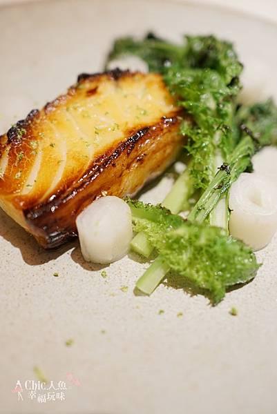 一小步西法餐廳 UN PETIT PAS-東區美食 (12)