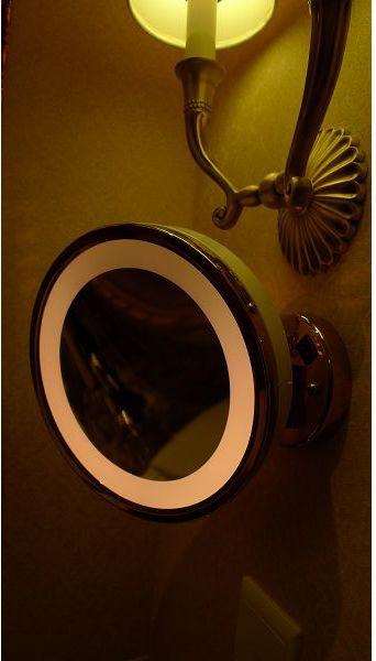 伸縮有燈梳妝鏡(001).jpg