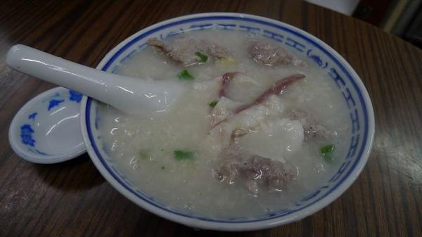 牛肉丸魚片粥(001).jpg