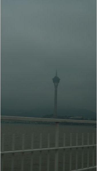 搭計程車看到旅遊塔.jpg