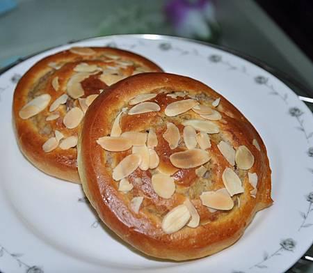 芋泥麵包捲1