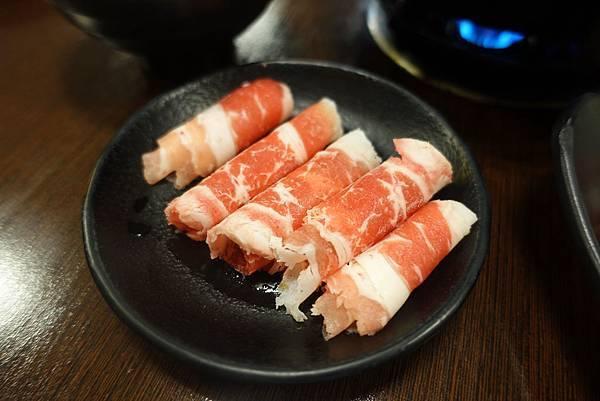 楠梓美食(幸福的鍋)-15.jpg
