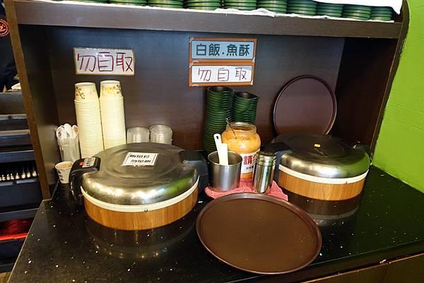 台中美食(联亭泡菜鍋)-05.jpg