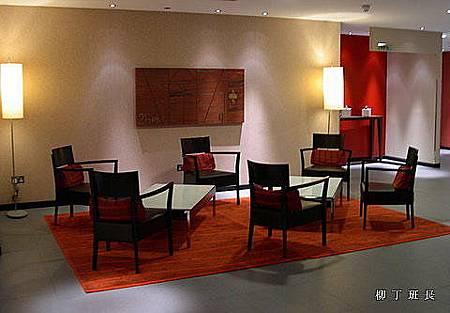 英國 Novotel hotel (1).jpg