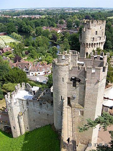 Warwick Castle (1).jpg