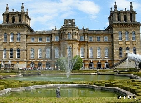 Blenheim Palace (1).jpg